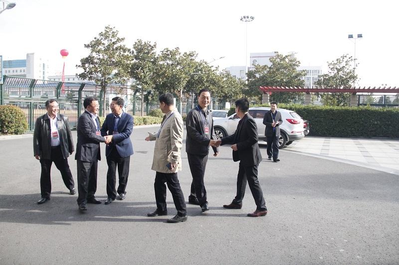 市委常委、政法委书记张礼祥来我校视察